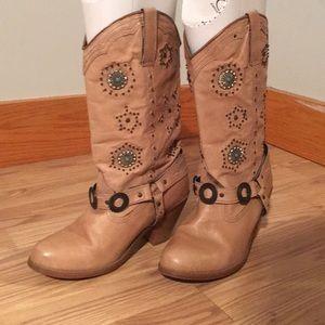 Shoes - Dingo Boots